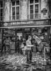 la pluie commence (Dale Michelsohn) Tags: paris france rain french monotone falafel umbrela iphone lasdufallafel dalemichelsohn