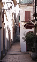 Bellano - Alleyway and Street Lights - Lake Como Italy (Gilli8888) Tags: street windows italy lake architecture buildings restaurant streetlights alleyway lakecomo lombardia lombardy bellano