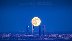 Full moon (Alberto Guinea) Tags: lucroit canon moon madrid spain torres blue towers evening night city urban architecture luna espaa azul tarde noche ciudad urbano arquitectura