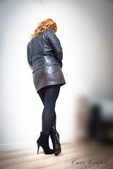 elle245 (Cuir Couple) Tags: leather bondage skirt bdsm master jacket jupe mistress veste leder matre pant pantalon cuero cuir hosen cravache maitresse martinet cuissardes