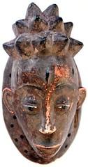 10Y_0671 (Kachile) Tags: art mask african tribal côtedivoire primitive ivorycoast gouro baoulé nativebaoulémasksaremainlyanthropomorphicmeaningtheydepicthumanfacestypicallytheyarenarrowandfemininelookingincomparisontomasksofotherethnicitiesoftenfeaturenohairatallbaouléfacemasksaremostlyadornedwithvarioustrad