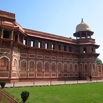 "Jahangiri Mahal <a style=""margin-left:10px; font-size:0.8em;"" href=""http://www.flickr.com/photos/14315427@N00/6778548446/"" target=""_blank"">@flickr</a>"