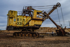 Hey big guy (_Rjc9666_) Tags: abandoned nikon espanha minas huelva machinery 124 wreck ruston 43 maquinas minning minasderiotinto d5100 rtm331 ruijorge9666
