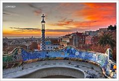 Banco ondulado, Gaudí. (orojose) Tags:
