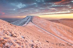 Brecon Beacons Sunrise (etunar) Tags: pink red snow ice wales clouds sunrise landscape frozen breconbeacons penyfan cribyn