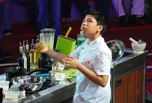 Junior MasterChef Kyle prepares his dream dish, Asian fusion shrimp and scallops at the Junior MasterChef Pinoy Edition The Lice Cook-off