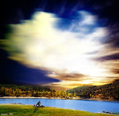 armagedon (jesuscm) Tags: madrid trees sky lake clouds lago spain nikon couple rboles pareja dreaming cielo nubes guadarrama armagedon lajarosa ensoacin jesuscm bestcapturesaoi magicunicornverybest magicunicornmasterpiece flickrstruereflection1 flickrstruereflection2 rememberthatmomentlevel1 rememberthatmomentlevel2 rememberthatmomentlevel3