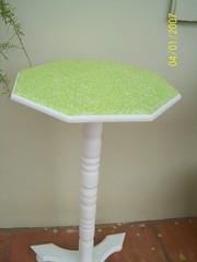 Mesinha forrada com tecido (MarinaGigica) Tags: patchwork mdf lembrancinhas