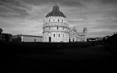 Moving Stones I (egisto.sani) Tags: cathedral duomo leaningtower baptistry torrependente miraclesquare monumentalcimitery pisapiazzadeimiracoliantichemuracamposantomonumentalebattistero