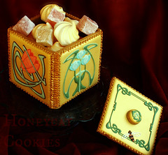 Art Nouveau Cookie Box (Honeycat Cookies) Tags: artnouveau goldenwedding artsandcrafts cookiebox royalicing decoratedcookies cookieart customdecoratedcookies intricateroyalicingpiping