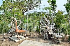 Sculpture Bench (chooyutshing) Tags: sculpture flower bench singapore orchids treetruck marinabay baysouth sunpavilion gardensbythebay nationalparksboard