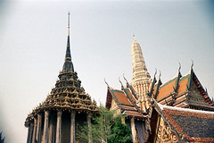 19-670 (ndpa / s. lundeen, archivist) Tags: roof color building tower film rooftop architecture 35mm buildings thailand temple bangkok buddhist nick columns spire tiles grandpalace thai 1970s pillars 1972 19 1973 watphrakaew templeoftheemeraldbuddha dewolf finials nickdewolf coloredtiles photographbynickdewolf reel19