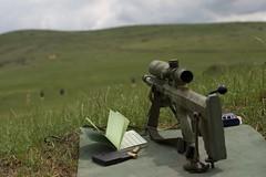 Anglų lietuvių žodynas. Žodis rifle-range reiškia n kar.  šaudykla 2 šautuvo šūvio nuotolis lietuviškai.