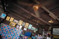 restaurant (kuuan) Tags: street leica color thailand restaurant fan king photos sony m mf manualfocus woodhouse f4 a7 voigtlnder royals skopar 21mm chanthaburi kingbhumibol voigtlndercolorskoparf421mm