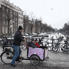 The city of bikes and skates: Amsterdam (Bn) Tags: winter people seagulls cold holland ice boys netherlands dutch amsterdam bike bicycle kids children geotagged frozen downtown iceskating skating joy kinderen nederland freezing first canals age skate anton temperature mokum occasion rare grachten pleasure meeuwen skates blades winters stad hollands harsh keizersgracht jordaan 2012 westertoren d66 ijs oer gluhwein schaatsen koud amsterdamse bakfiets ijspret hendrick bruegel chocolademelk meester grachtengordel hollandse oudhollands pieck gekte winterse sferen avercamp ijzers ijsplezier jordanezen geo:lon=4887028 geo:lat=52376614 ijsnota