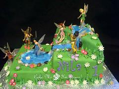 Disney Fairies Tinkerbell Cake (Cake Me I'm Yours Canada) Tags: kidscake cakemeimyours fairiescake customcakestoronto wwwcakemeimyoursca