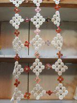 Simplesmente encantador (Lilica Retalhos) Tags: cortina fuxico patchwork trilho caminhodemesa floresdefuxico