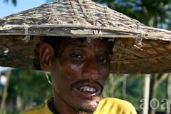 K2_2785 (bandashing) Tags: poverty england sun hot hat weather manchester cowboy poor hard shade sweat labour sylhet sata humid toil bngladesh bandashing