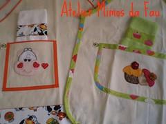 Aventais!!!!!! (Atelier Mimos da Fau) Tags: cupcake patchwork cozinha aventais vaquinha toalhinha patcolagem patchapliquée
