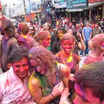 "Holi <a style=""margin-left:10px; font-size:0.8em;"" href=""http://www.flickr.com/photos/14315427@N00/6840067108/"" target=""_blank"">@flickr</a>"