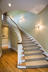 "Curved Main Staircase • <a style=""font-size:0.8em;"" href=""http://www.flickr.com/photos/75603962@N08/6853271165/"" target=""_blank"">View on Flickr</a>"
