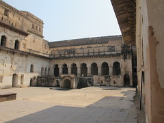 IMG_0406.JPG (Mary Hawkins) Tags: vacation india orchha couryard