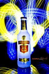 Light Painting / SMIRNOFF (Jonathan Maza) Tags: light luces drink reflejo ilusion botella calor bebida ganas smirnofflightpaintingjonathanjonathanmazariegoscolor