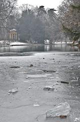 Ice ice ice (Riccardo Brig Casarico) Tags: lake wow lago atmosfera freddo brig ghiaccio riki atmosphre brigrc