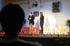 "Gerry Garbulsky y Camila Velasco desde el público • <a style=""font-size:0.8em;"" href=""http://www.flickr.com/photos/65379869@N05/6979897766/"" target=""_blank"">View on Flickr</a>"