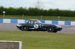 DSC_8689 - Jaguar E-Type (102er) Tags: auto uk classic cars car festival race racecar nikon racing historic tamron motorracing motorsport donington 70300 doningtonpark hscc d7000