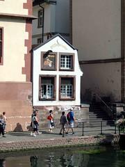 Small windows  078 (saxonfenken) Tags: windows france strasbourg alsace 77 smallwindows 2015 gamewinner pregamewinner austria2015 77ausria