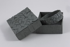 Tessellated bracelet and box (Square Interlace Tessellation) (Michał Kosmulski) Tags: black windmill fashion clothing origami box jewelry knot ring bracelet celtic pinwheel weave tessellation graphite interlace wetfolding elephanthidepaper michałkosmulski