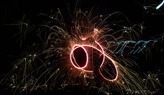 _DSC2003-2 - Copie (chloe.safsaf) Tags: lightpainting night bolas feu artifice firearts firepainting artdufeu costerroller