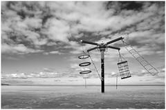 Spielturm (tosch_fotografie) Tags: sky playing storm tower beach clouds strand island md sand meer minolta wind cloudy sony himmel wolken rope kinder insel kind climbing lonely 24mm nordsee einsamkeit f28 a7 verlassen klettern einsam sturm seil rokkor schwarzweis sandsturm spielturm