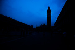Piazza San Marco (Ged Slaughter Photography) Tags: piazza sanmarco venezia veneto italia venice italy night blue bluehour gedslaughter