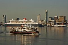 Mersey traffic (Nigel Gresley) Tags: iris man liverpool river royal steam isle cunard mersey packett