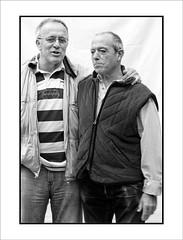 Dos amigos, dos (Jose Luis Durante Molina) Tags: portrait people blackandwhite blancoynegro persona gente retrato monochromatic bn monocromatico