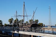 La Pinta en el Muelle de las Carabelas (abetobravo) Tags: espaa puerto muelle spain huelva andalucia museo carabela pinta larabida