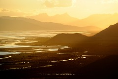 Sunset in the Yarlung Tsangpo River Valley, Tibet (reurinkjan) Tags: tar brahmaputra 2011 tibetautonomousregion yarlungtsangporiver  janreurink tibetanplateaubtogang tibet natureofphenomenachoskyidbyings landscapesceneryrichuyulljongsrichuynjong naturerangbyungrangjung sunsetnyigthetimeofsunsetnyigtntsam  dranangcounty yarlungtsangpo lhokhakongposoutherntibet landscapepictureyulljongsrimoynjongrimo landscapeyulljongsynjong tibetanlandscapepictureynjongrimonb