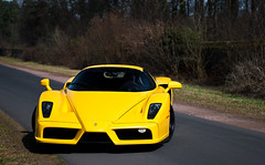 ENZO (SvenK | Carspottography) Tags: park cars sports yellow 50mm am italian nikon highway shoot italia day dof ride bokeh frankfurt main dream sigma ferrari location cc giallo experience enzo shooting nikkor 18 schloss 1020 sven highspeed supercars hanau 18105 f60 carspotting svenk d3000 klittich carspottography