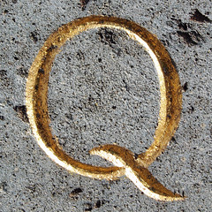 Q (chrisinplymouth) Tags: letter alphabet capitalletter incised classical gilt gold letterq q cw69x carved galleried oneletter