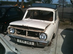1977 Mini Clubman (Ryanbus22) Tags: classic car metal austin sussex south engine mini motor scrapyard morris 1977 scrap worldcars