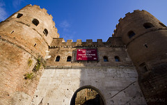 "Porta San Paolo • <a style=""font-size:0.8em;"" href=""http://www.flickr.com/photos/89679026@N00/6901926923/"" target=""_blank"">View on Flickr</a>"