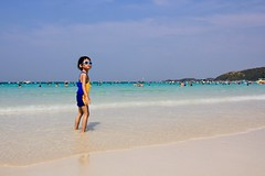 Cool Princess on a Hot Beach [Explore First Page] (Maria_Globetrotter) Tags: sun beach water beautiful sunglasses thailand glasses day turquoise clear explore marias pattaya kolan coralisland kohlarn