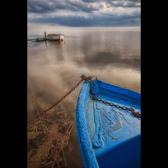 La calma tensa (christian&alicia) Tags: sea marina boats mar nikon mediterranean mediterraneo natural sigma delta catalonia catalunya barcas parc 18200 mediterrania ebre catalogne d90 montsia christianalicia