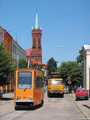 MKT 16, Zgierz Stary Rynek (Ivan Furlanis) Tags: poland tramway lodz