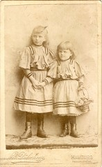 Portrait of two young girls by Rudolf Dührkoop (c.1890s) (pellethepoet) Tags: girls portrait fashion kids sisters germany children deutschland europe hamburg siblings photograph cdv cartedevisite mädchen pictorialism pictorialist dührkoop ferdinandstrase linkedringbrotherhood rudolfdührkoop
