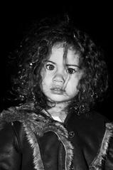 11112011-Ma puce (WiLPrZ) Tags: africa famille portrait beautiful beauty nikon flickr child desert dunes ange morocco amour beaut portraiture maroc marrakech maghreb nightview 1855mm enfant marruecos fille bb afrique merzouga erfoud draa 2011 d90 nikond90 flickraward d90nikon flickrunitedaward flickrtravelaward