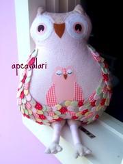 Rosa com amor... (AP.CAVALARI / ANA PAULA) Tags: owl coruja ateliê arteemtecido anapaulacavalari owlfélia apcvalari