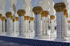 Sheikh Zayed Mosque (Te lo juro por Madonna) Tags: canon eos rebel reflex united uae east emirates arab oriente middle abu dhabi medio ae 2012 xsi unidos arabes emiratos 450d